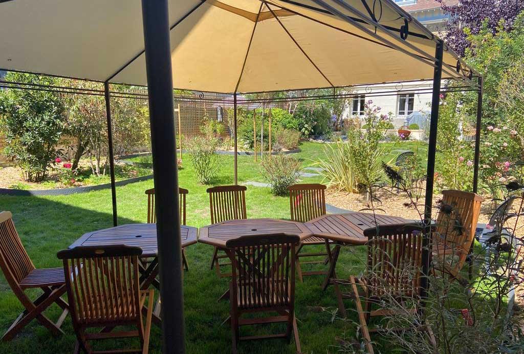 Jardin clos de la Maison ReN à louer à Deauville