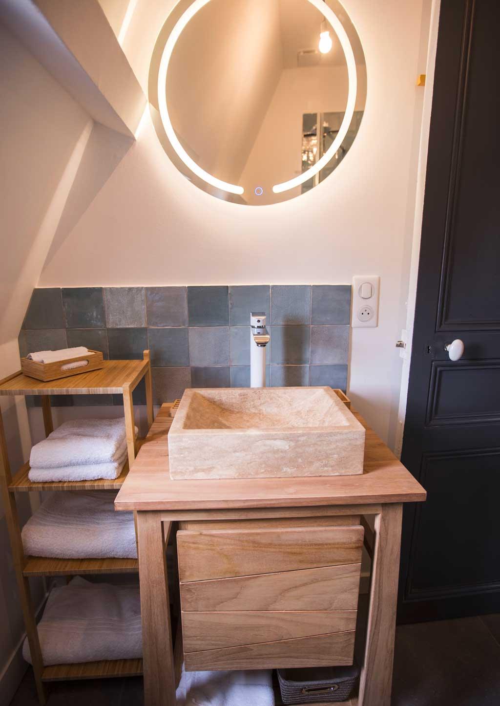 Villa à Deauville salle de douche de la chambre Iris