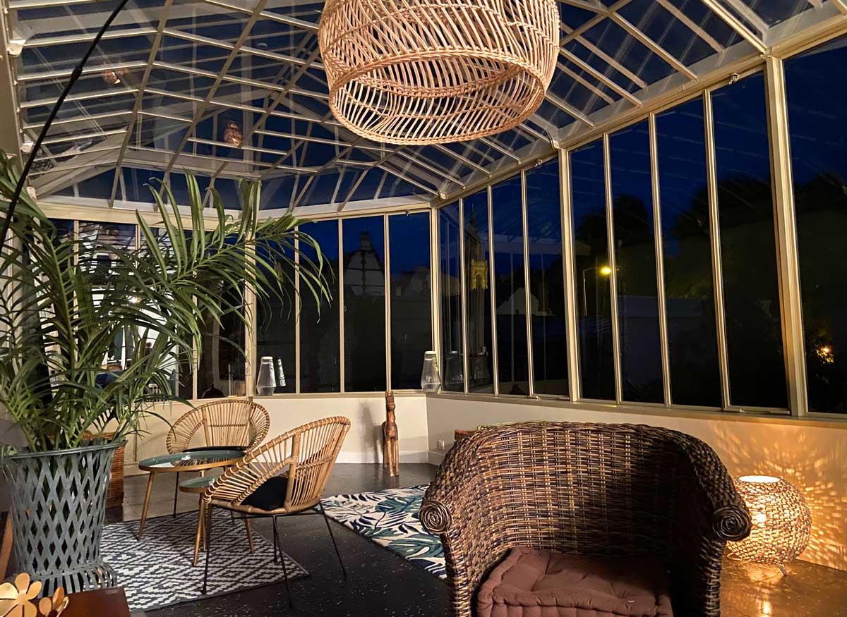 Véranda climatisée de la Maison ReN à Deauville