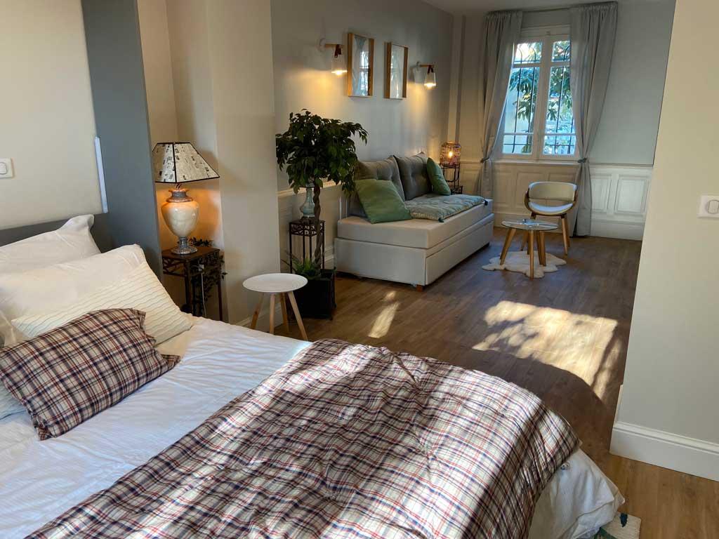 Chambre ReN lit double 160x200 ouvert